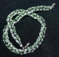 40cm Halskette weiss-grüne (Strickliesel) (hangefertigt)