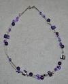 46cm violette weisse Halskette (handgefertigt)